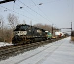 NS 9552 on CSX X-999 heat exchanger move